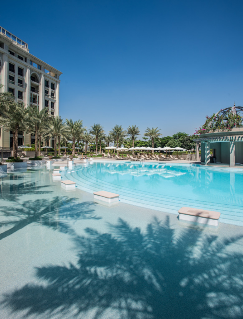 Palazzo-Versace-Hotel_Dubai_Pool